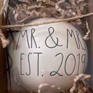 Rae Dunn Mr & Mrs EST 2019 Xmas Ball